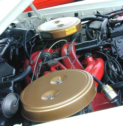 C-1961_Chrysler_300G_Engine.jpg (46201 bytes)