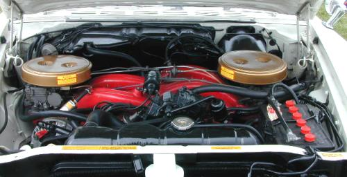 C-1961_Chrysler_300G_Engine2.jpg (29022 bytes)